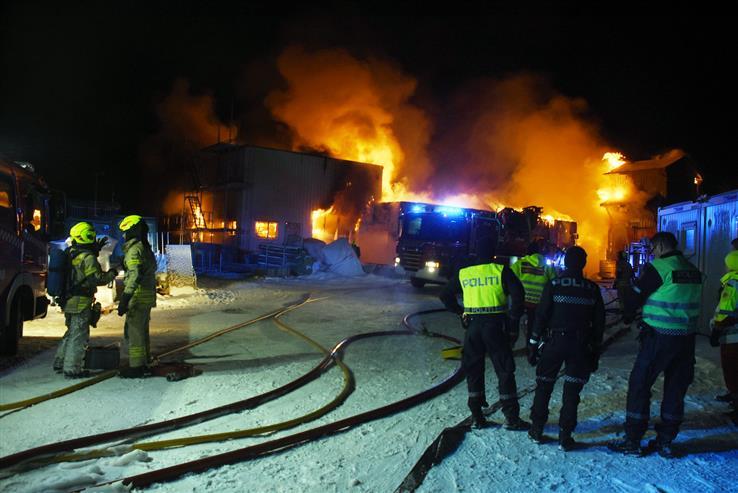 Politiet jobber fortsatt med brannen på Skreia renseanlegg.