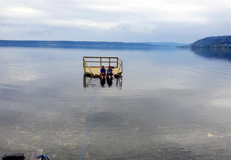 Har du sette denne? Elevene på Skreia ungdomsskole har mistet flåten som skulle brukes til et større opplegg kommende uke.