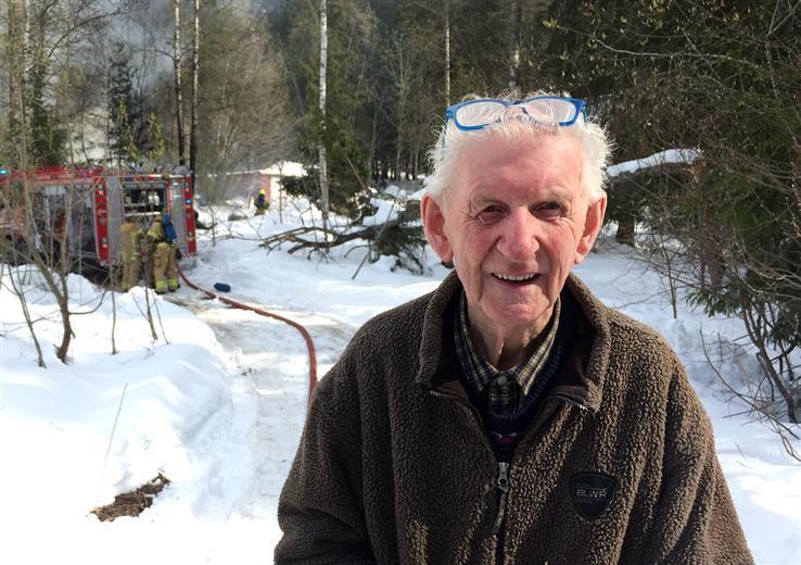 Bjarne Asbjørn Kristiansen sier han har mistet en god del verdier i brannen.