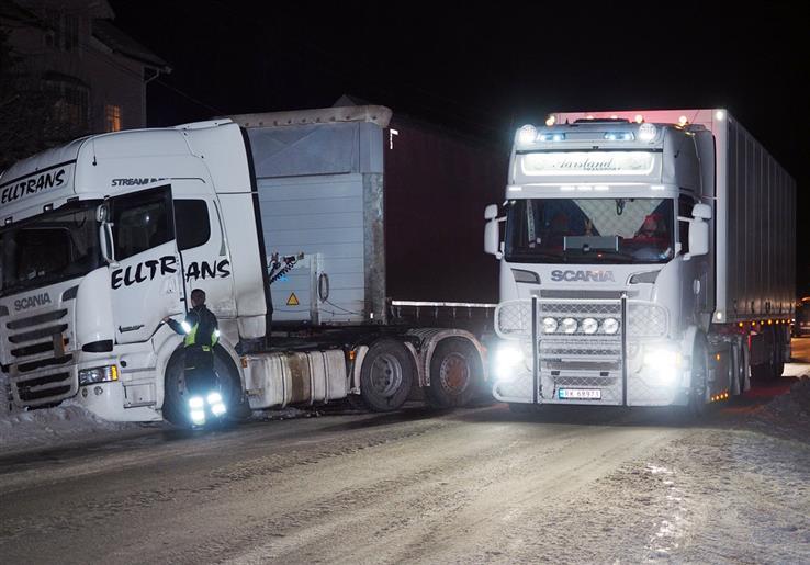 Nå blir det bedre veggrep mellom Bilitt og Skreia. Statens vegvesen har besluttet å forsterke vintervedlikeholdet på den utsatte strekningen.