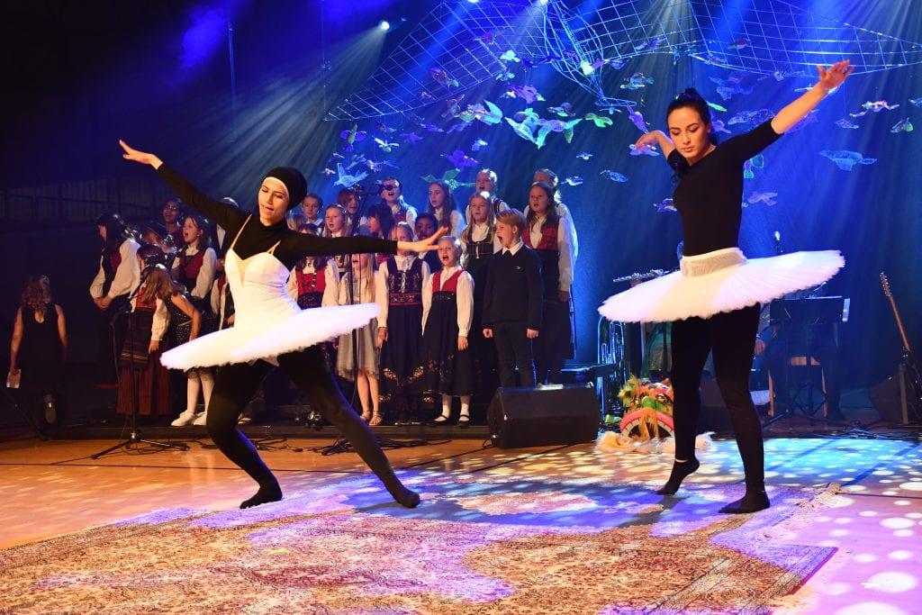 Danserne forteller om et morsomt og lærerikt prosjekt.