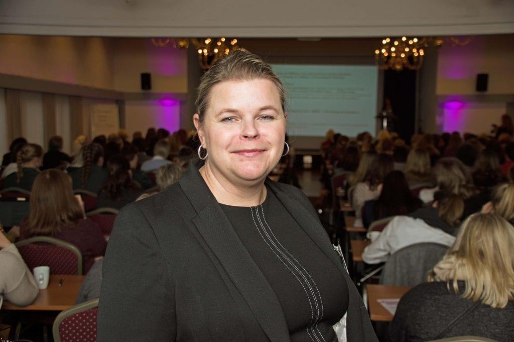 Det britiske magasinet trekker frem «Security Divas», som samler over 150 kvinner i sikkerhetsbransjen på Gjøvik hvert år. Her er Peggy Sandbekken Heie på konferansen i 2017.