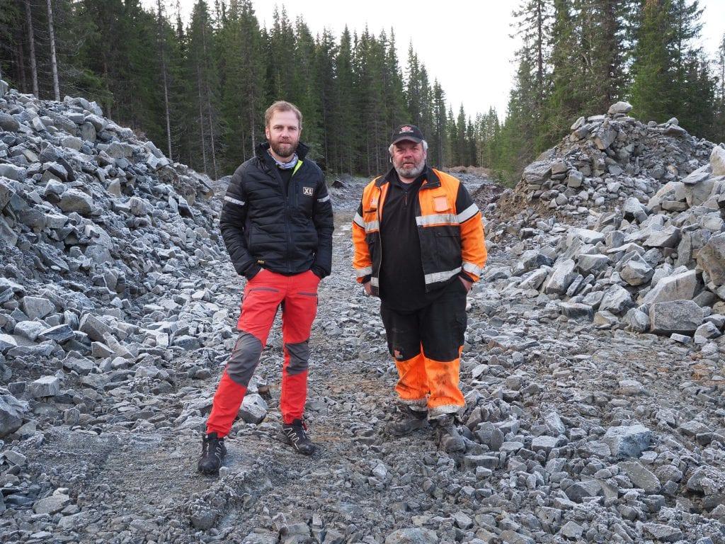 Skogsbilvegene i Oppland blir generelt dårligere. Børstad og Haugli sørger for at Toten almenning lodd nr. 2 kommer bedre ut.